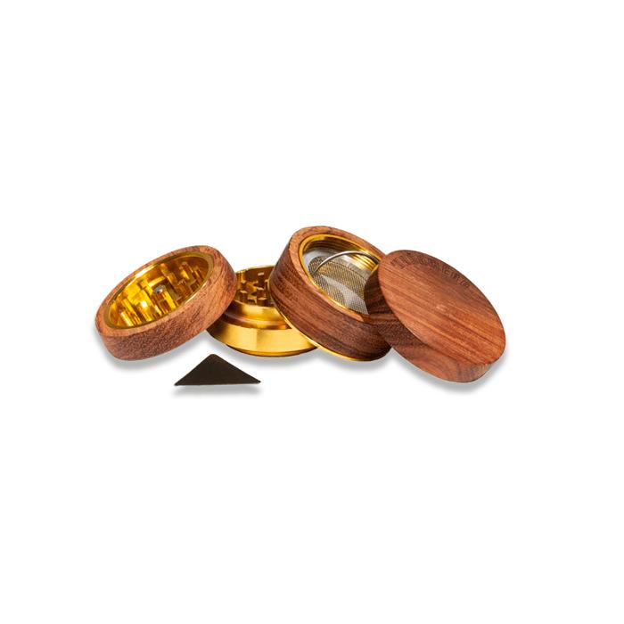 grinder kañamero de madera clara abierto